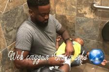 Снимок мужчины с ребенком в туалете обнажил неожиданную проблему отцовства